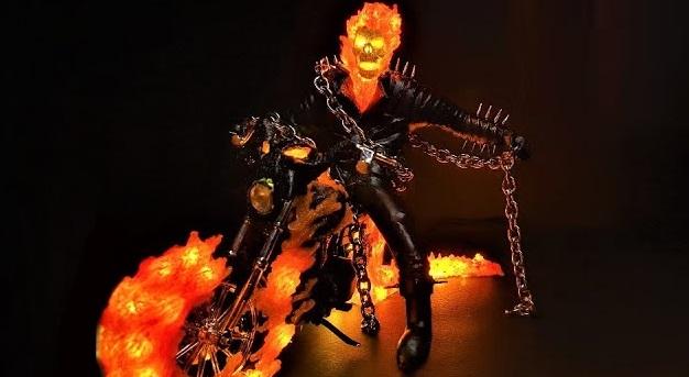 Among Us, StarCraft, Marvel: какие статуэтки скульптор делает спомощью 3D-ручки ипаяльника