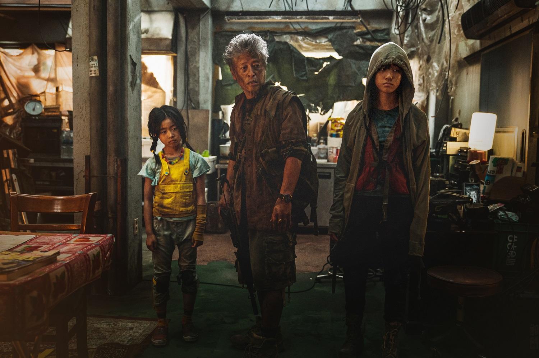 Что смотреть в кинотеатрах в августе 2020: Итан Хоук, Рассел Кроу, Джейн Остин и Альфред Хичкок