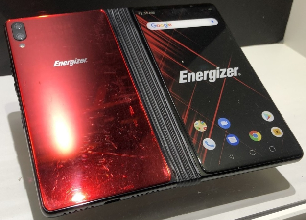 Energizer представила сгибающийся смартфон Power Max P8100S с батареей на 10 000 мАч