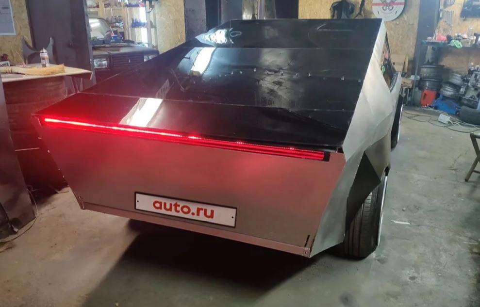 Самодельный российский вариант Tesla Cybertuck продают подьявольской цене