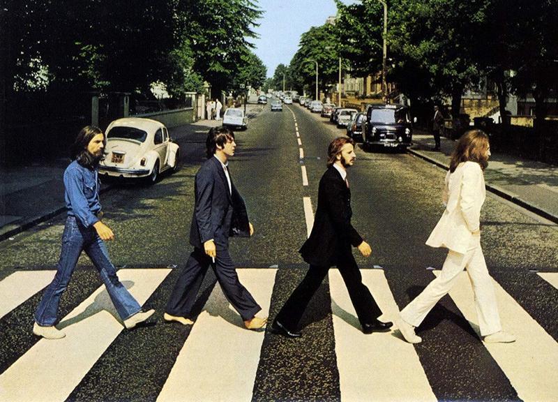Легендарной обложке Abbey Road от Beatles – 50 лет. Как фанаты отмечают ее юбилей