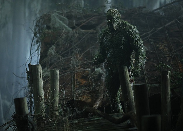 Новый трейлер «Болотной твари» обещает нам самый жестокий ижуткий сериал DC