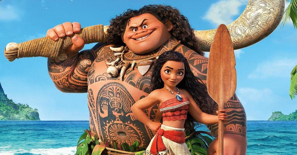Дочь Скалы неверит, что папа озвучил Мауи в«Моане». Это милое видео
