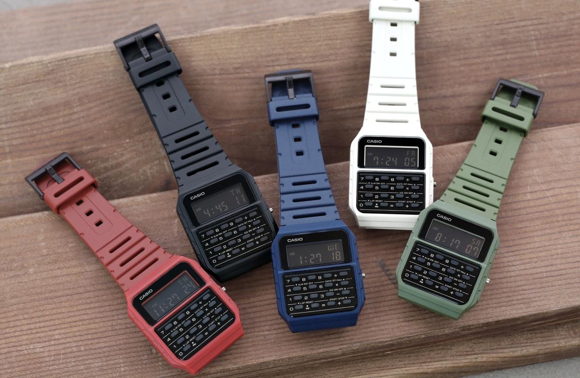 ВРоссии начались продажи ретро-часов Casio скалькулятором