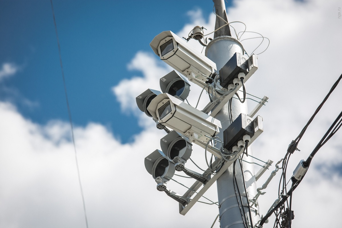 Власти Москвы следят загражданами спомощью телефонов, камер исобственной нейросети