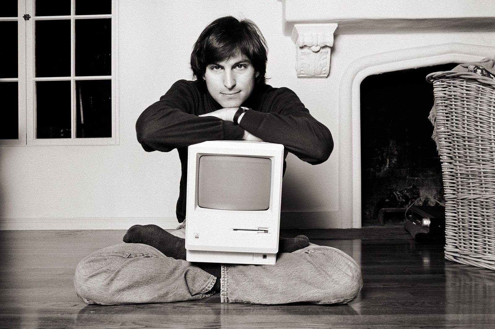 Заявление Стива Джобса на поиск работы выставили на аукцион. Два года назад его продали за $175 000