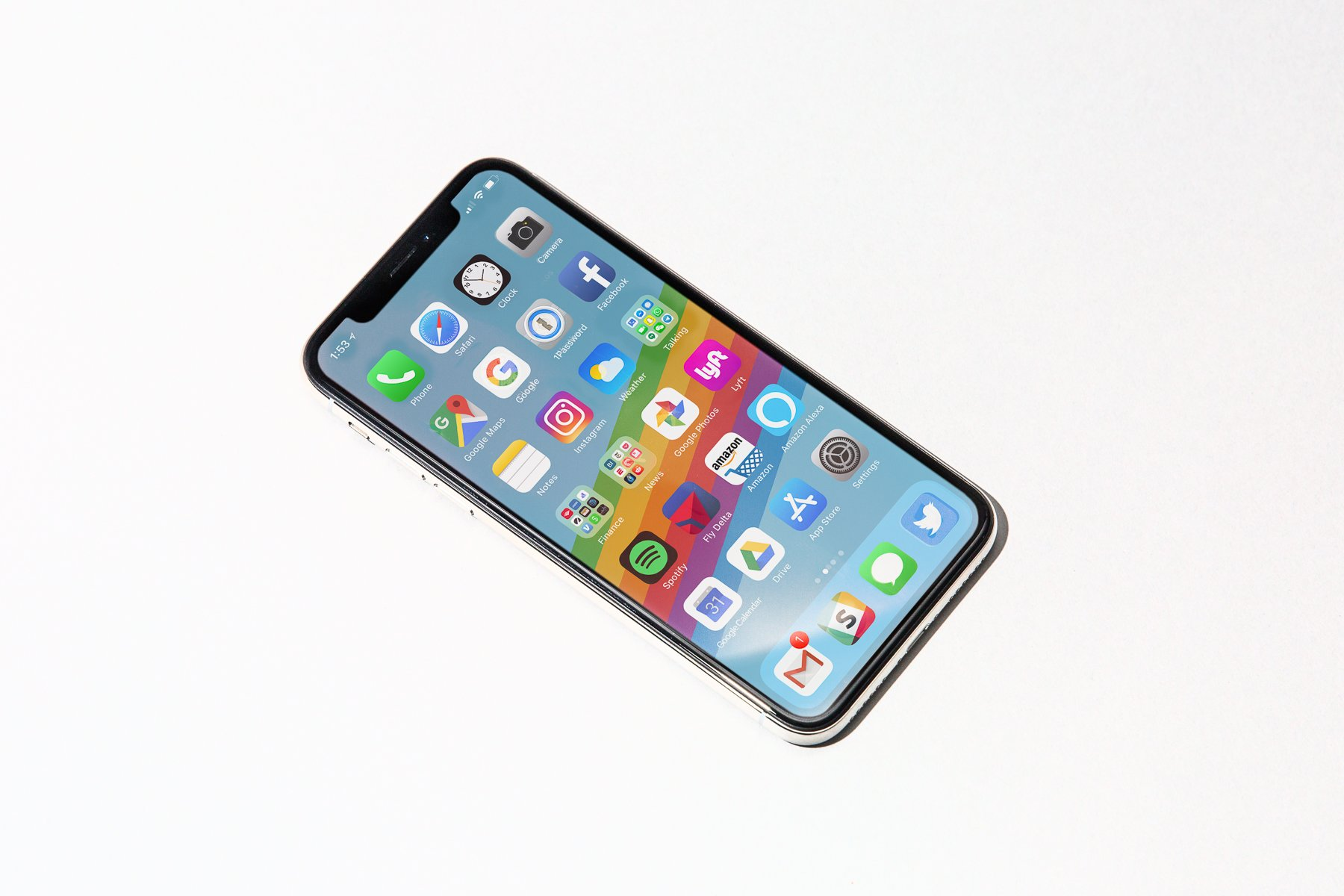 ТОП-10 лучших смартфонов 2017 года: бюджетные, недорогие и флагманские смартфоны | Канобу - Изображение 21