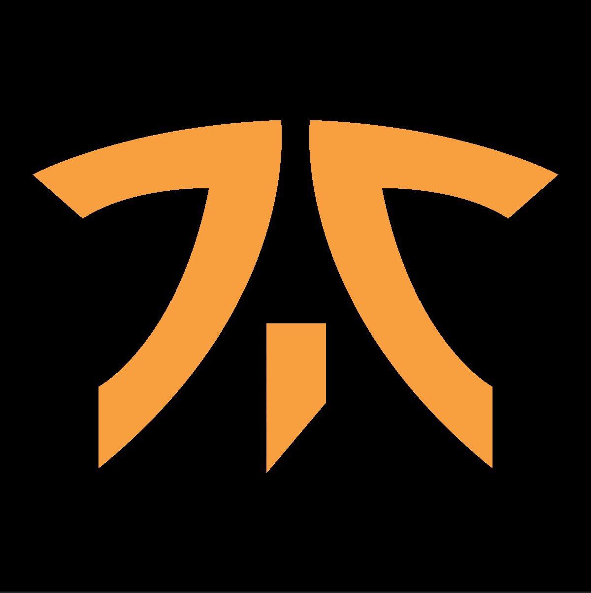 Известный киберспортивный клуб провел ребрендинг логотипа и формы. Фанаты — в восторге! | Канобу - Изображение 13284