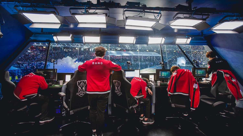 Лучший игрок мира в League of Legends повержен. Как отреагировало сообщество? | Канобу