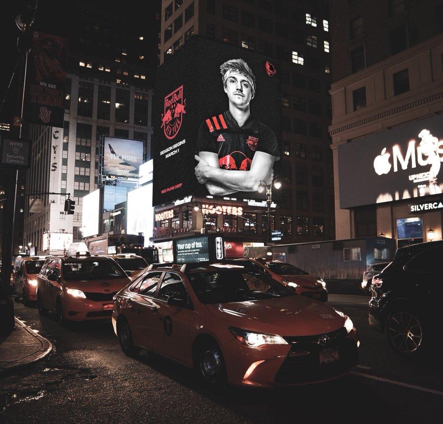 Ninja принял участие в показе Нью-йоркской недели моды | Канобу - Изображение 0