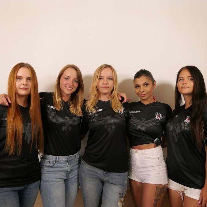 Женская команда по CS:GO смогла взять только 10 раундов за три карты против мужских коллективов