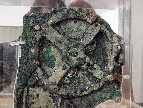 На затонувшем в Эгейском море римском корабле в 1901 году был найден механический вычислительный артефакт, возраст к .... - Изображение 1