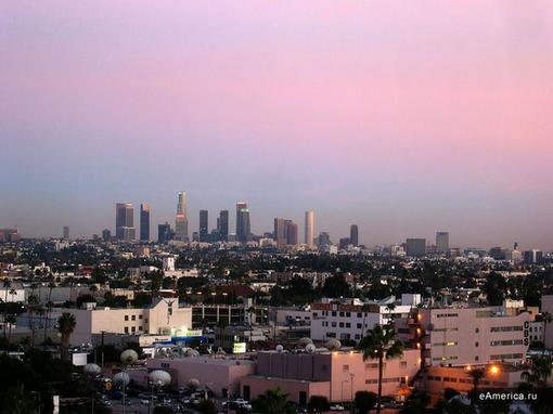 Los-Angeles - Я не любил страну целиком. Мне нравятся люди, - я обожаю их, как будто лично знаю каждого прохожего и  .... - Изображение 1