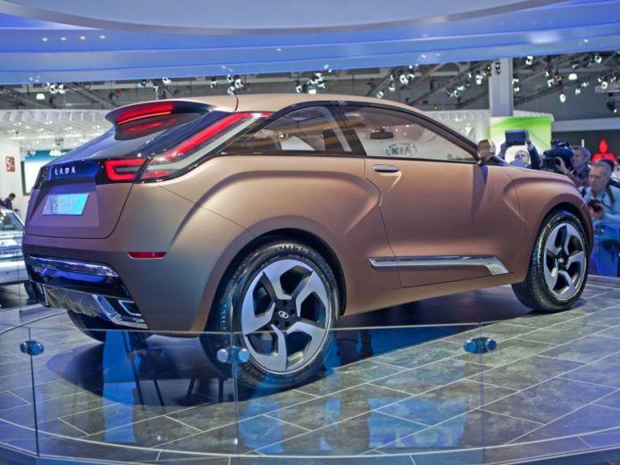 АВТОВАЗ показал на московском автосалоне новый концепт-кар – четырехместный кроссовер LADA XRAY, созданный группой м .... - Изображение 1