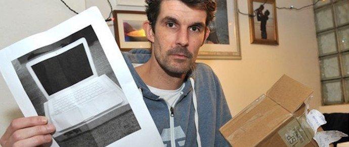 Британец заказал на eBay MacBook за $450, а получил фотографию ноутбука.(Обновлено). - Изображение 1