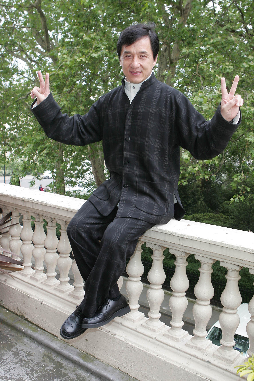 Джеки Чан (Jackie Chan) Отмечает 61 год сегодня.. - Изображение 1