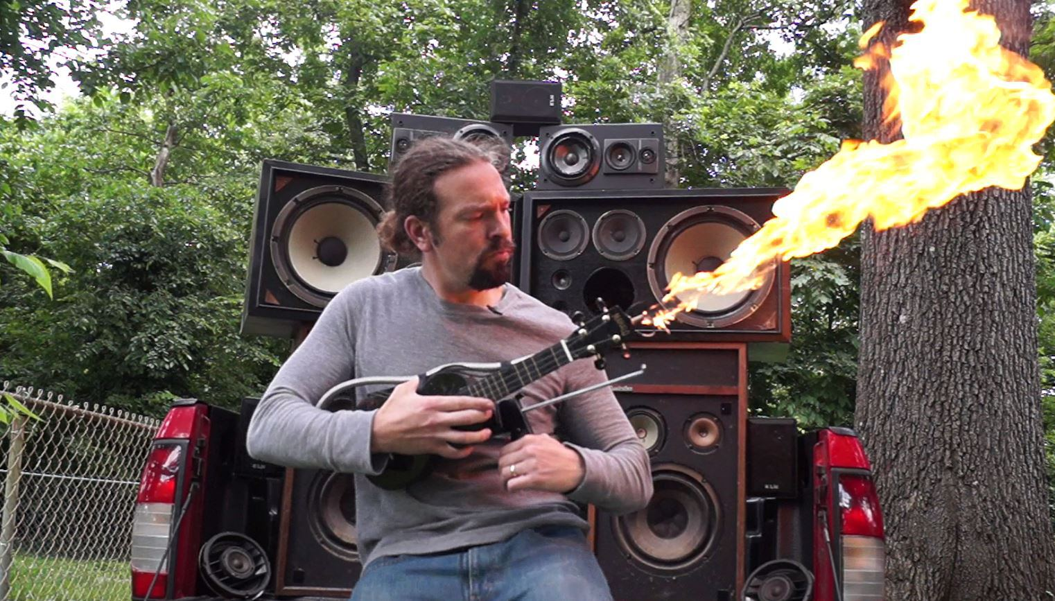 """Как сделать """"огнедышащую"""" гитару из Mad Max-а. - Изображение 1"""