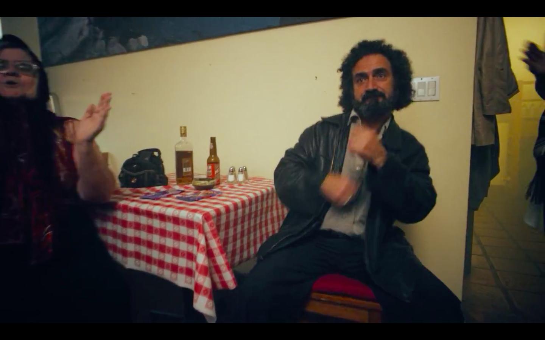 """Режиссёр фильмов """"Бёрдмен"""" и """"Выживший"""" снялся в клипе Major Lazer. - Изображение 3"""