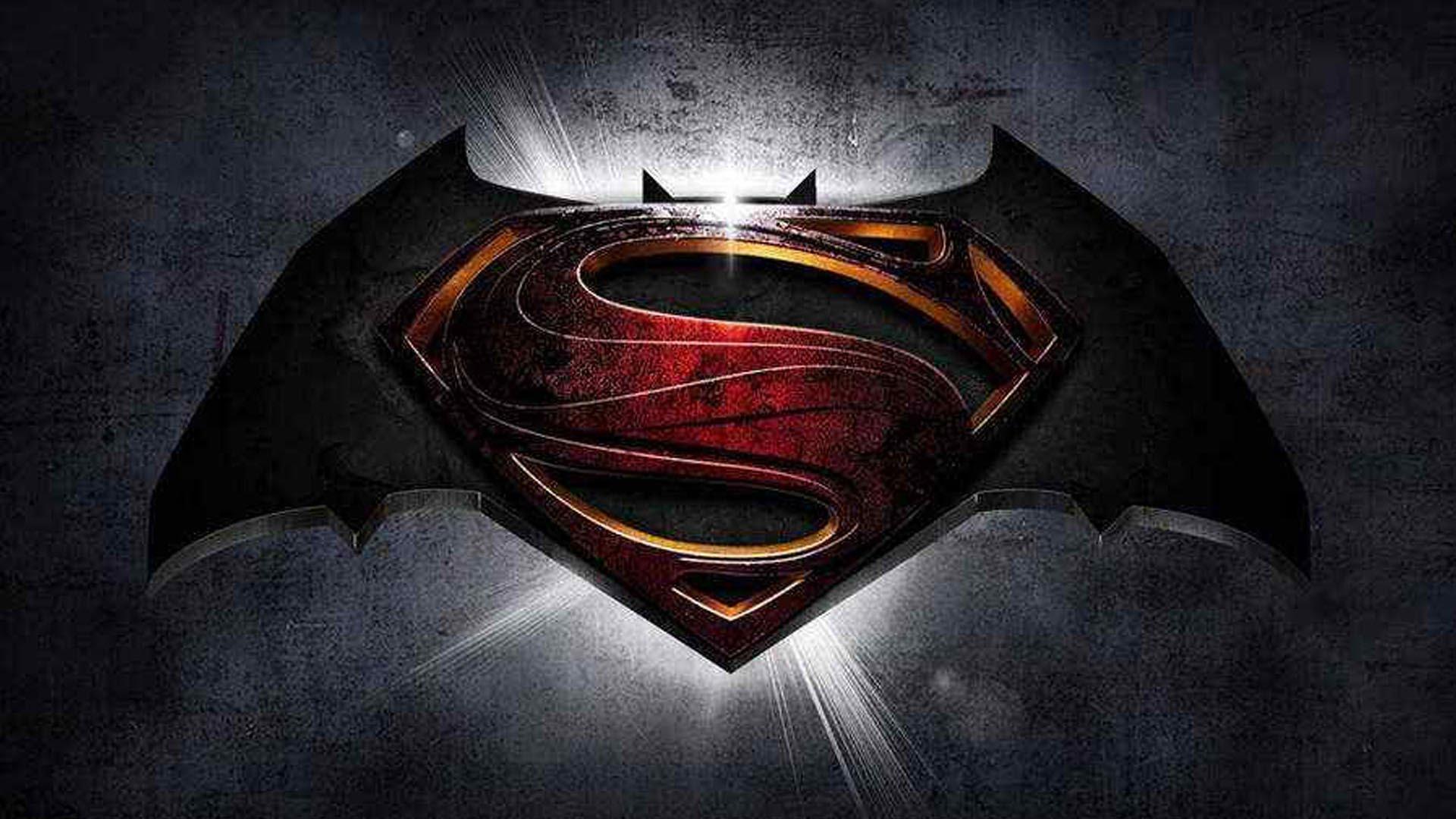 Бэтмен против Супермена в России?!. - Изображение 1