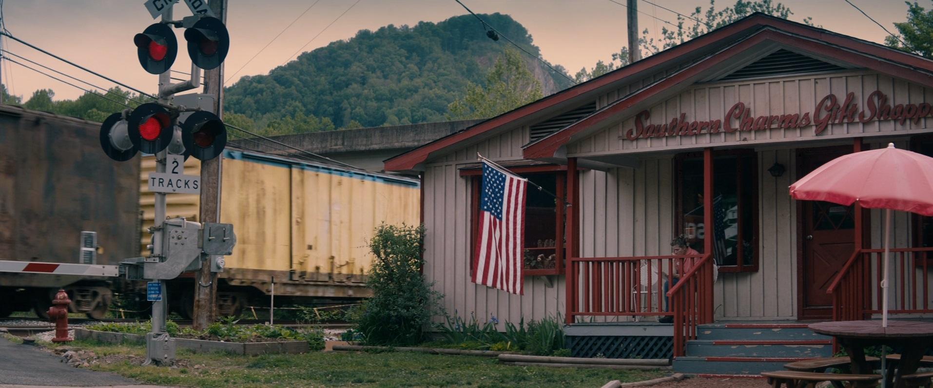 Рецензия на фильм «Три билборда на границе Эббинга, Миссури». - Изображение 3