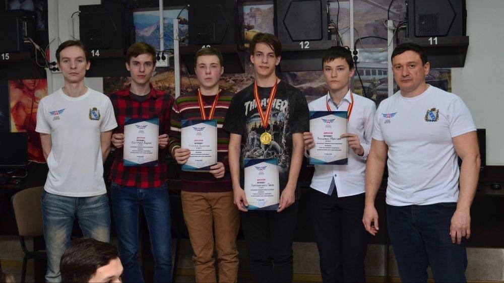 В России появились первые киберспортсмены со спортивными разрядами и это - школьники. - Изображение 1