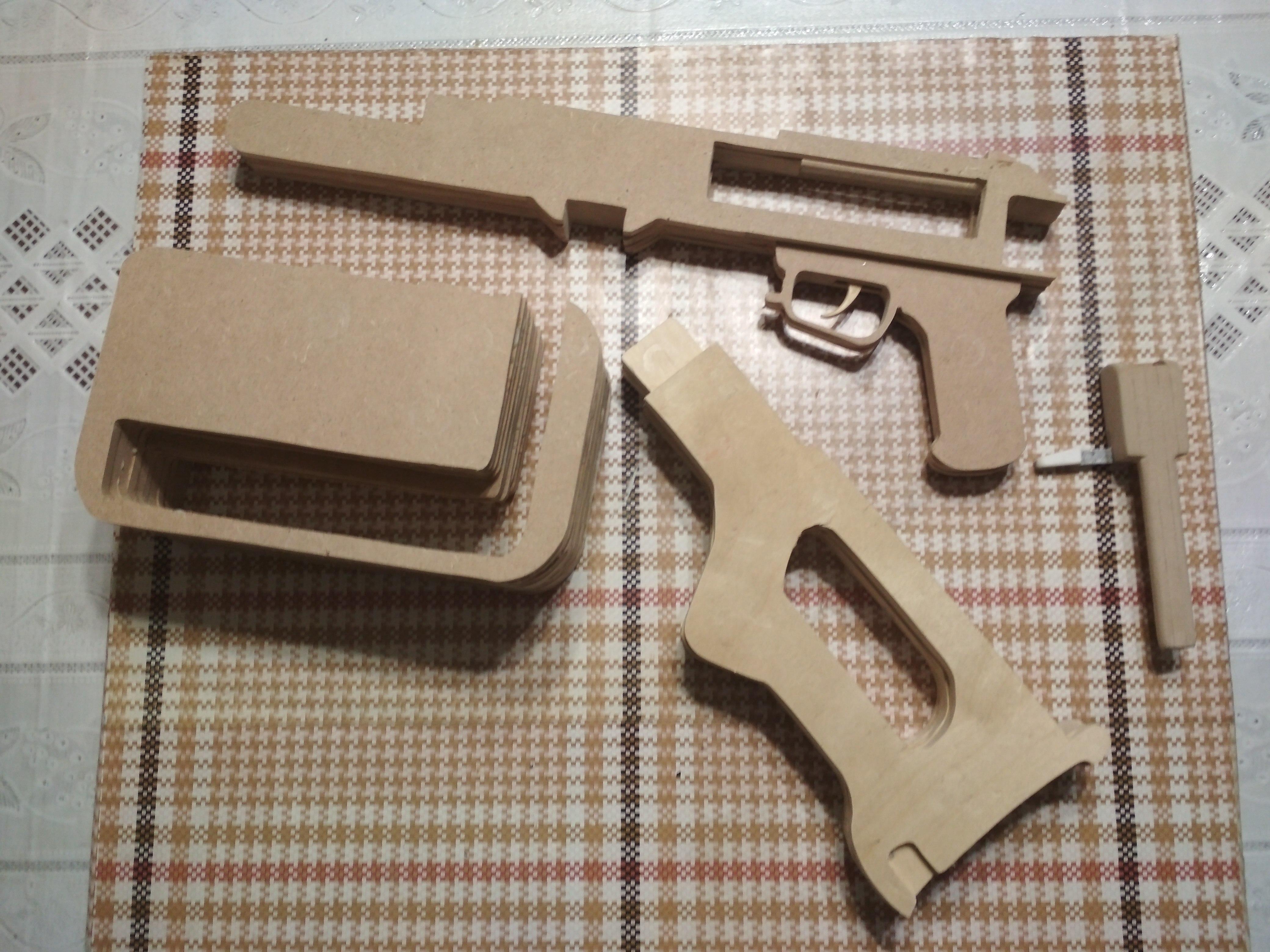 Игрушка-макет Пулемёта Калашникова из дерева. - Изображение 3
