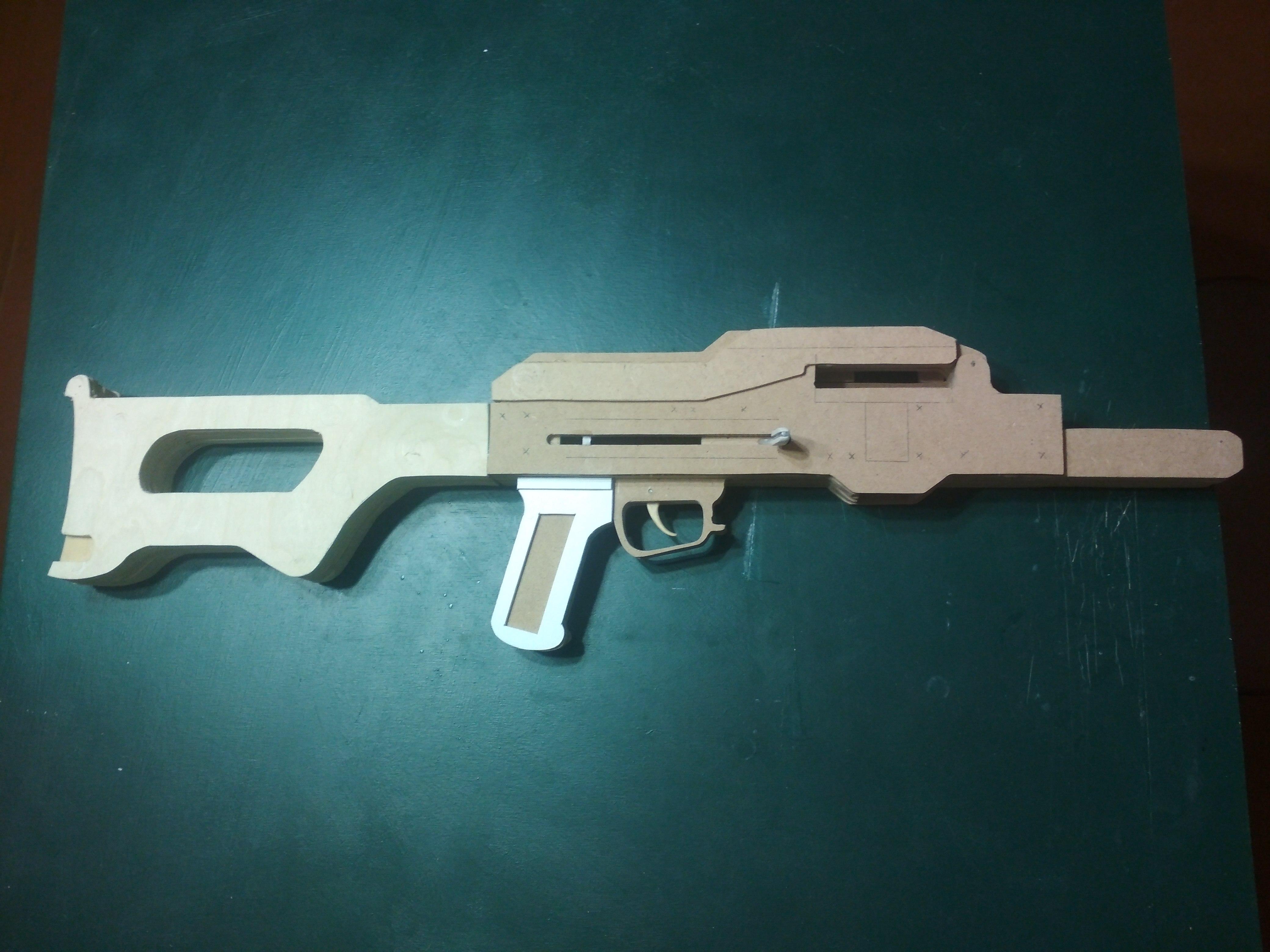 Игрушка-макет Пулемёта Калашникова из дерева. - Изображение 4