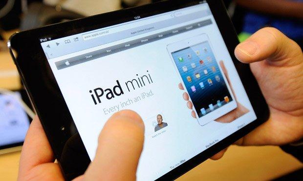 Сегодня у моей мамы день рождения. В честь этого события я купил ей iPad mini (ну и кто назовем меня фанбоем теперь? .... - Изображение 1